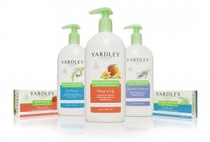 Yardely  با این بطریها و جعبههای سفید و تمیز، به همراه تکههای رنگی درخشان و تصاویر مواد تشکیلدهنده برای محصولات حمام جدید خالص و گیاهی، به برند خود حیات دوبارهای بخشید.